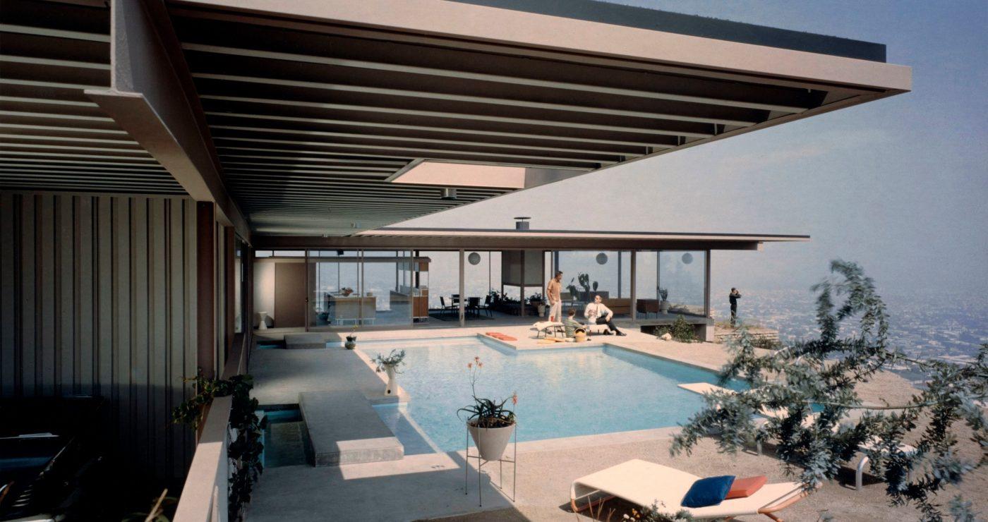 Elegante Villa in den Hügeln von Los Angeles mit Swimming Pool.